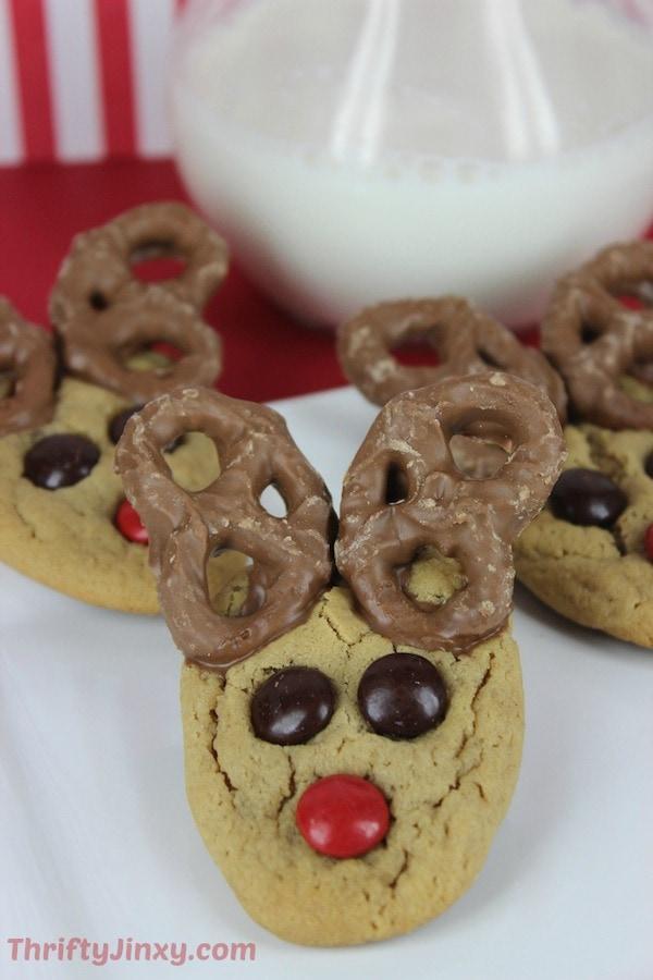 Peanut-Butter-Pretzel-Reindeer-Cookies