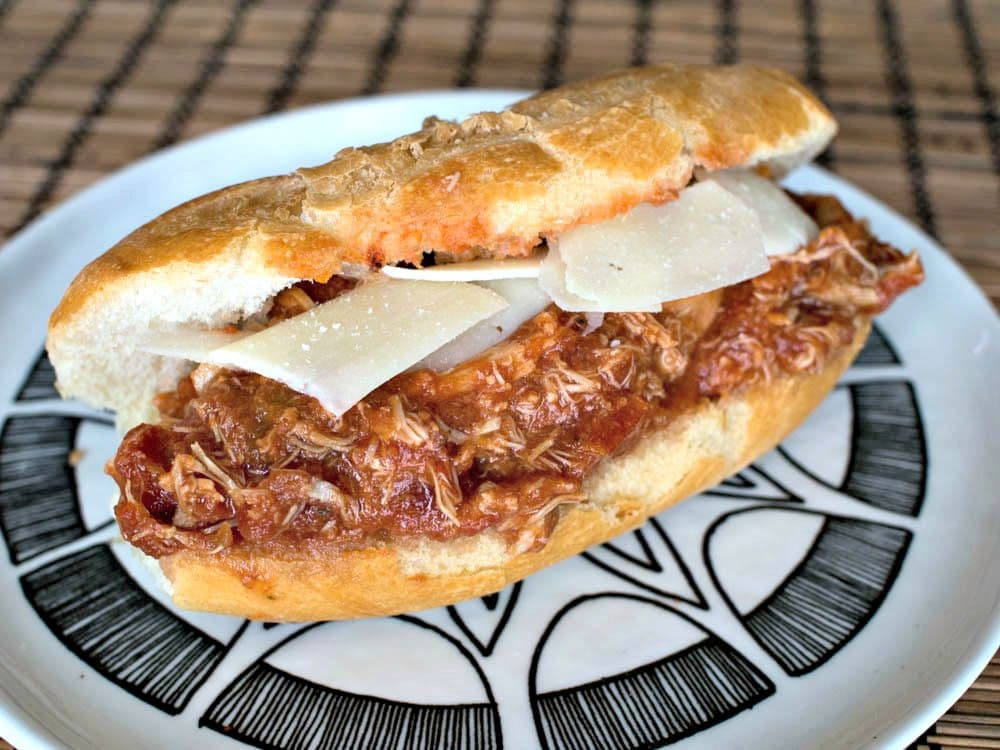 Slow Cooker Chicken Parmigiana Sandwiches - an easy Crockpot meal for busy schoolnights