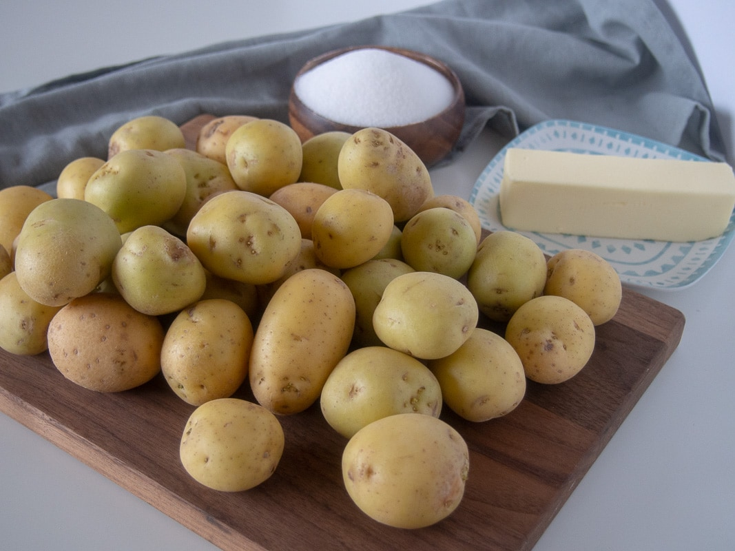 Ingredients in salt potatoes