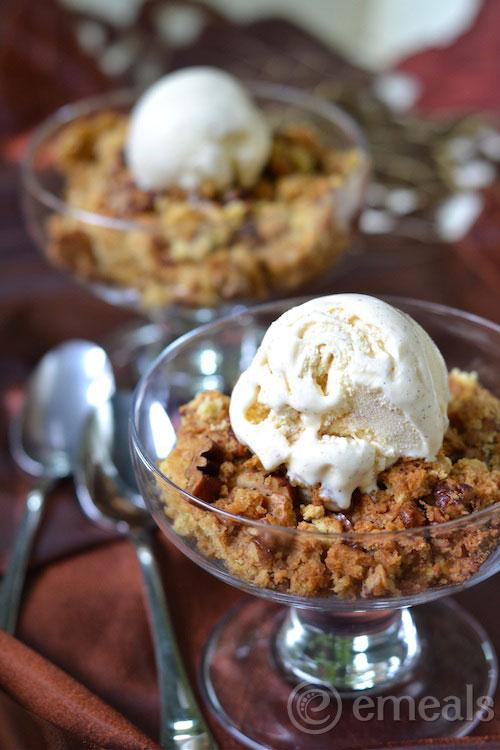 Pumpkin-Cake-with-Cinnamon-Ice-Cream-eMeals
