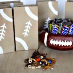 SNICKERS Pretzel Snack – Football Fun