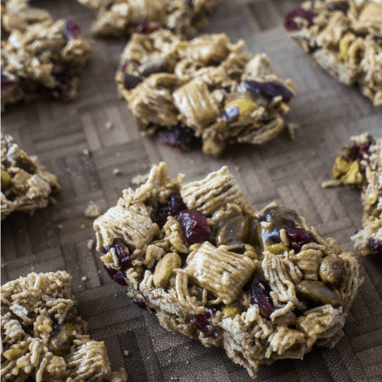 Cranberry Pistachio Cereal Bars - an easy to make snack