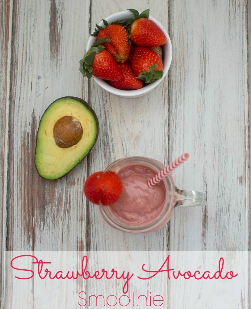 A delicious healthy smoothie made using avocado, strawberries and bananas. It is rich and creamy without using and dairy products, tastes delicious, and is perfect for helping you keep New Year's resolutions to lose weight!