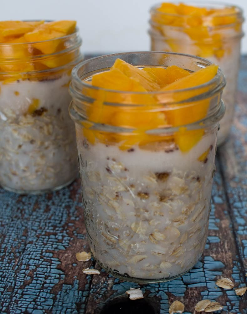 Mango Overnight Oatmeal - a quick and easy school day breakfast with oats and mangoes.