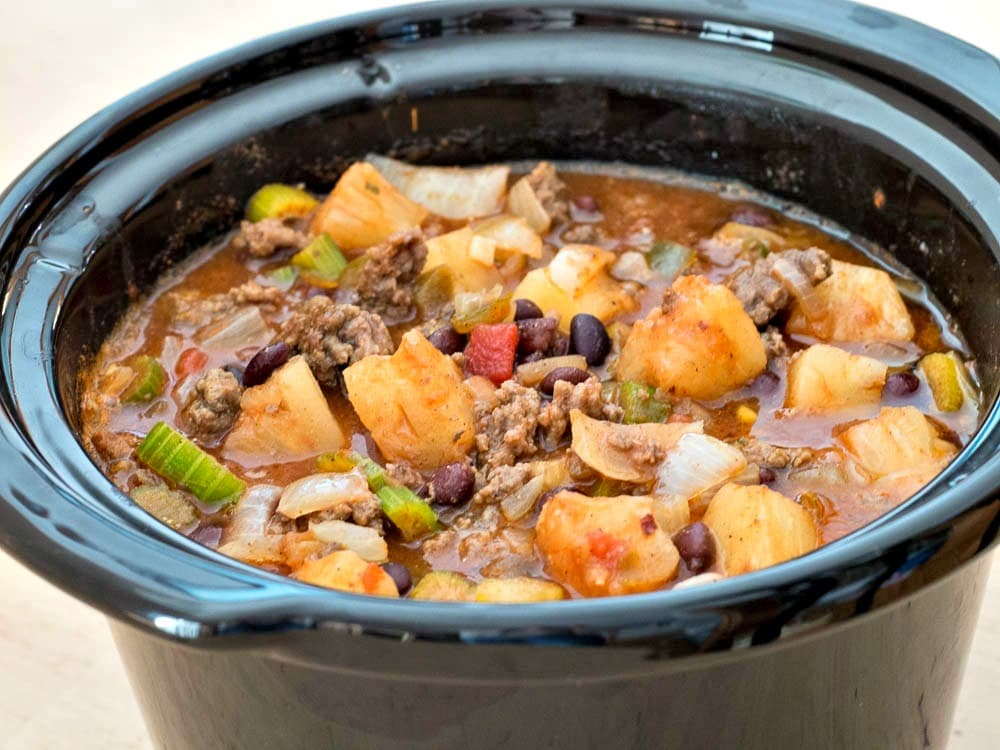 Slow Cooker Hawaiian Chili - an easy family dinner recipe perfect for making in the crockpot.