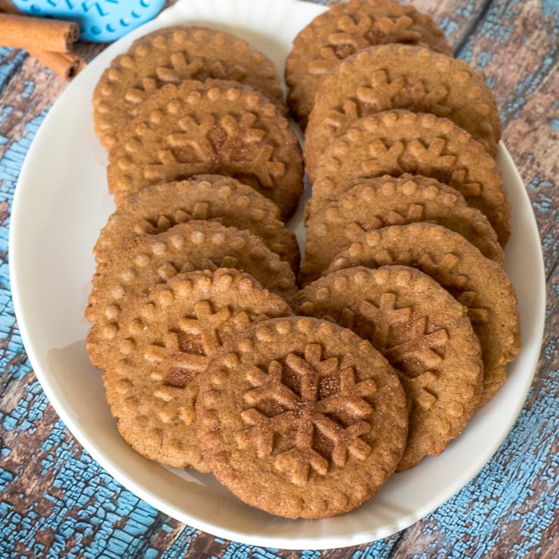 Specaloos Dutch windmill cookies on a plate