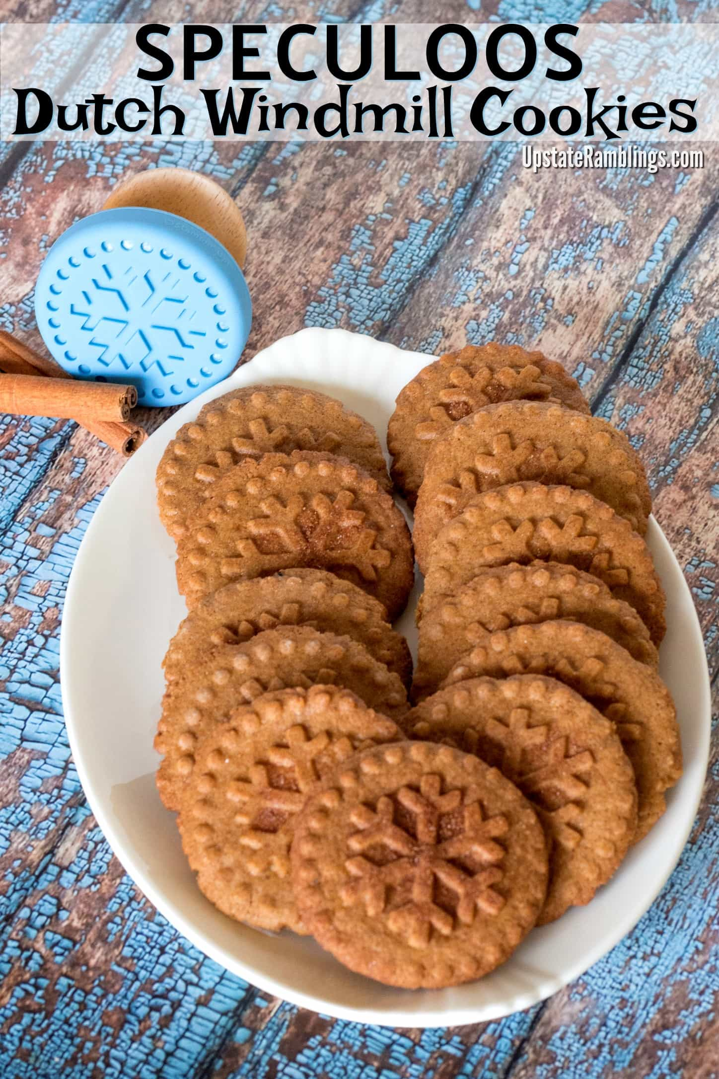 Speculoos - Dutch Windmill Cookies - a traditional stamped cinnamon and spice infused cookie from the Netherlands and Belgium - Speculaas - Make holiday cookies from around the world this Christmas #cookies #christmascookies #speculoos #speculaas