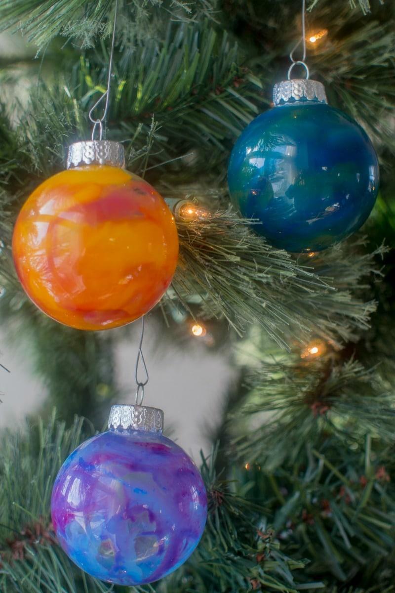 Three pretty DIY crayon melting ornaments