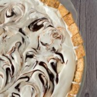Cinnamon Ice Cream Pie