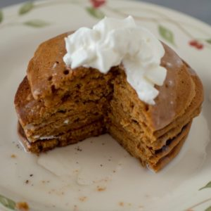 Gingerbread Pancakes – A Quick & Easy Holiday Breakfast
