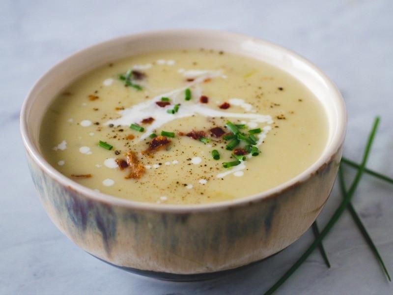 bowl of baked potato soup instant pot for dinner